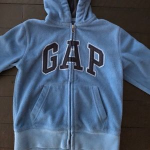 Size 4T Boys 💙 Gap Sweater in Blue